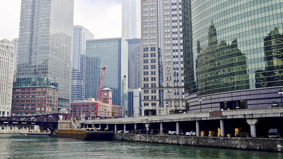Chicago.RiverCruise.12-1380926