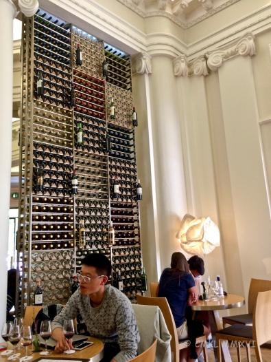 Bordeaux.Vin.27-5526