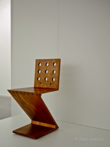 'Zig-Zag' chair by Gerrit Thomas Rietveld, 1932