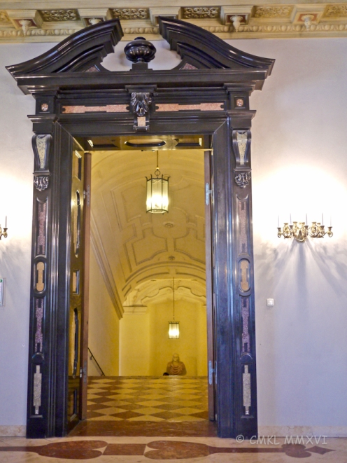 Munich.Exchange-Residence