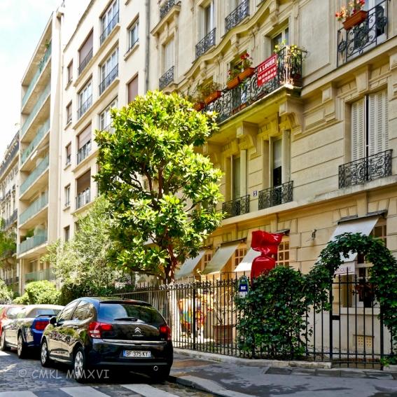 Paris.Assorted.121-1020835