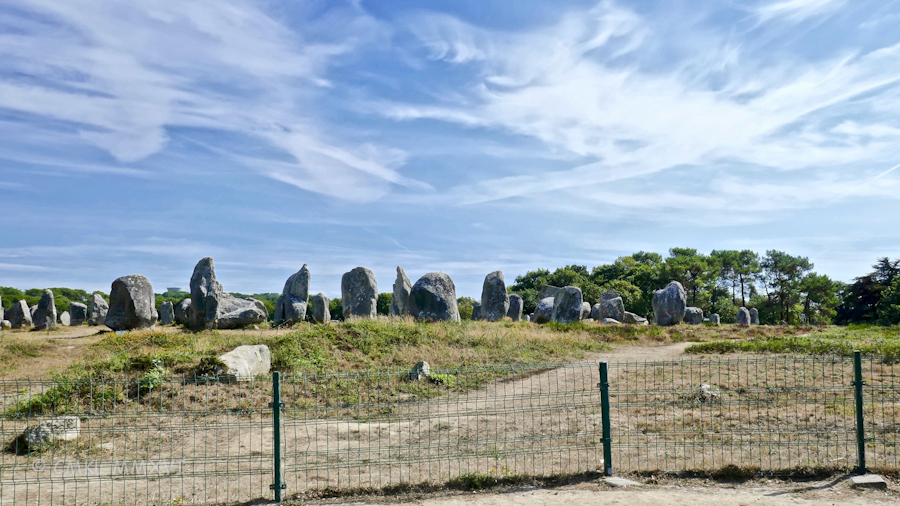 carnac-menhirs-01-1070865