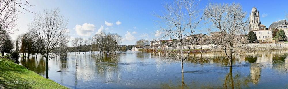 Saintes.Charente.Flood.01-1300043